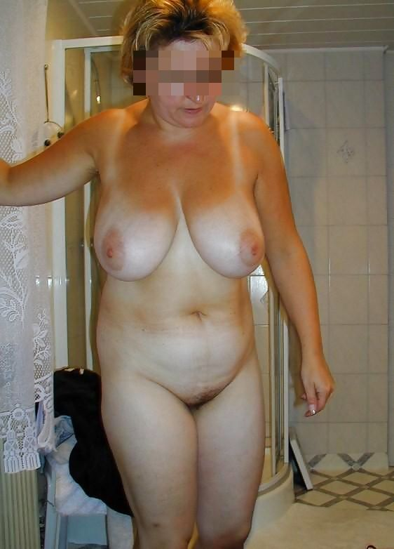 Женщины в годах голые фото бесплатно