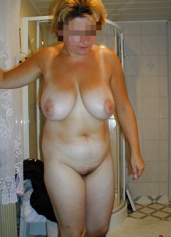 Женщины онлайн голые фото