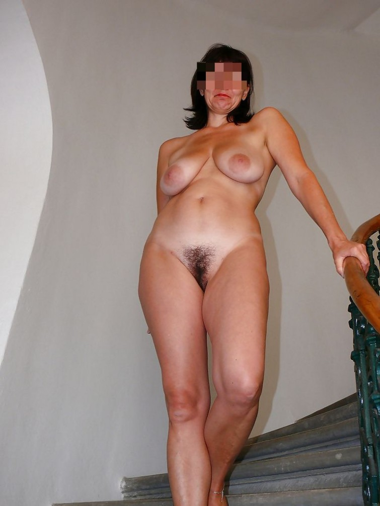 image Stunning blonde milf private webcam show