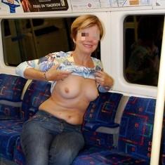 Brest : Femme exhibe dans les lieux publics
