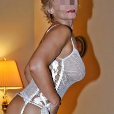 Caen : femme cougar 50 ans cherche trio baise hot